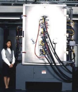 大型CA(カソードアーク)方式装置の外観写真